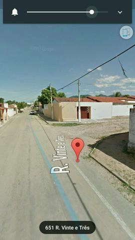 Aluga se casa a menos 100 metros da estação Carlito Benevides