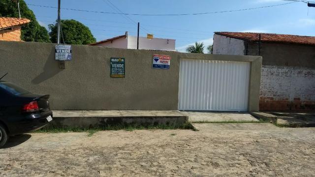 Casa localizada no bairro Parque Poti, zona sudeste de Teresina