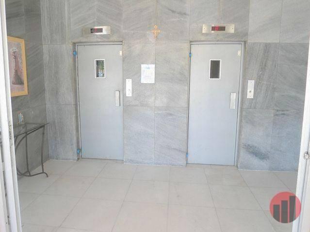 Apartamento com 1 dormitório para alugar, 40 m² por R$ 450,00 - Centro - Fortaleza/CE - Foto 3