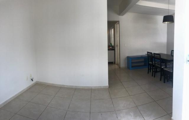 Casa em condomínio fechado bairro Vigilato Pereira