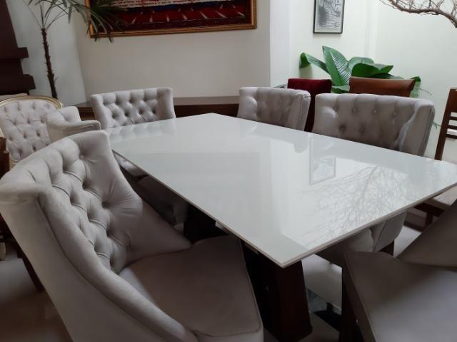 Mesa madeira com tampo de vidro off white +6 poltronas rússia - Foto 6