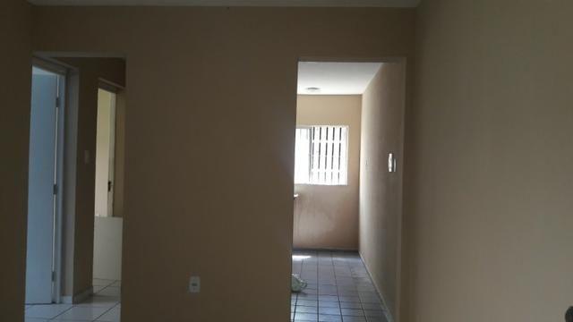 Alugo lindo apartamento térreo no condomínio Gaivotas-Turu - Foto 4