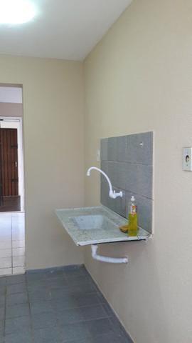 Alugo lindo apartamento térreo no condomínio Gaivotas-Turu - Foto 6