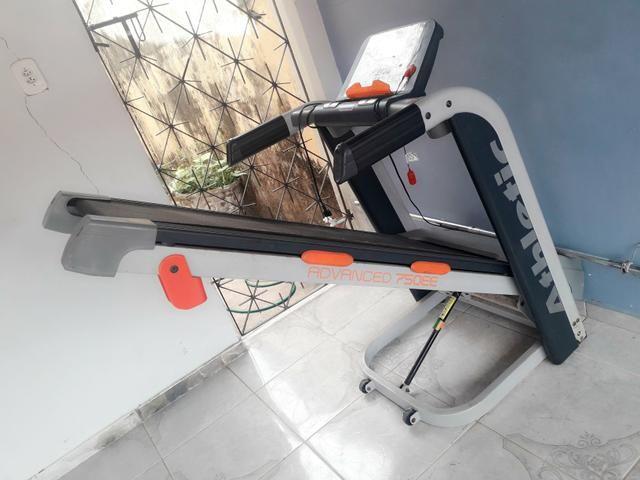 Esteira Athletic Advance 750 EE com 16km (usada) - Foto 2