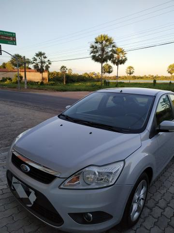 Ford Focus GLX 1.6 Hatch - Foto 6