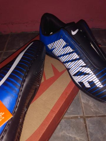 Sapato de futsal - Foto 2