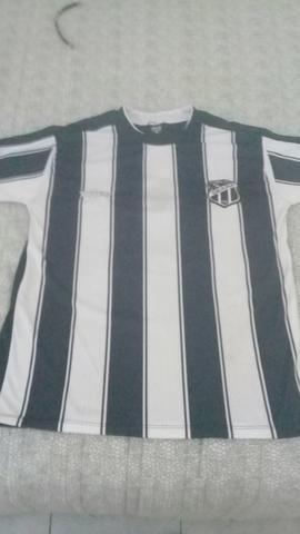 Vendo três blusas do Ceará sendo duas primeira linha e a outra original regata - Foto 3