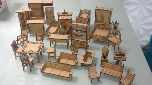 Kit com 30 Mini móveis para Casa de Boneca (Kit Novo) Super Promoção - Só Hoje