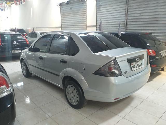 Fiesta sedan 1.6 class 2012 o mais Novo de Aracaju - Foto 3