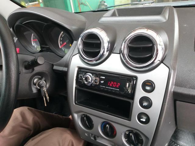 Fiesta sedan 1,6 2012 - Foto 4