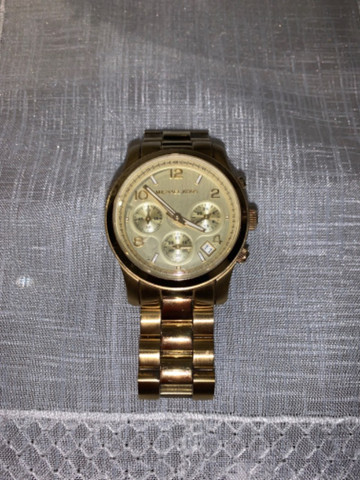 Relógio Michael Kors Feminino Dourado - MK5055 - Foto 4