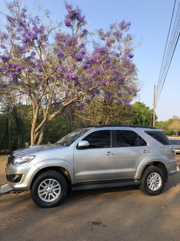 Vendo SW4 2014/2015 SRV 3.0 Diesel 4x4 - 7 lugares - Foto 6