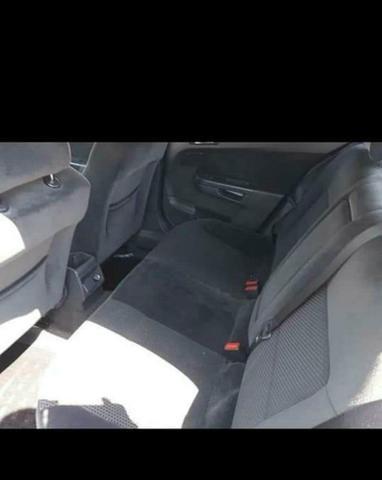 Vendo Vectra gt em ótimo condições pego carro do meu interesse(golf.i30) - Foto 3