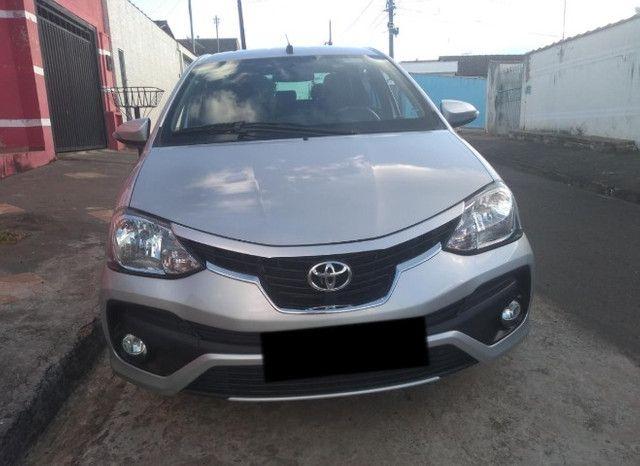 Toyota Etios platinum 1.5 - Foto 3