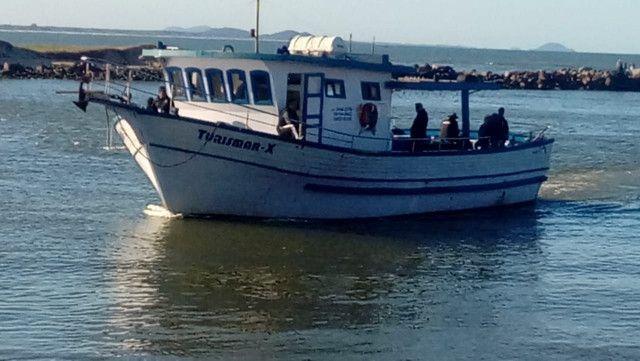 Vendo barco de turismo equipado para mar aberto - Foto 4