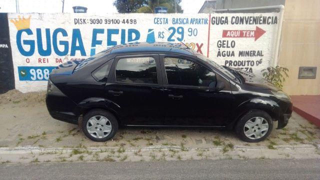 Ford Fiesta - Preto - 2011