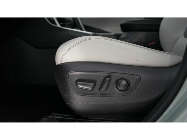Toyota RAV Hybrid 2.5 SX 4x4 - Foto 17