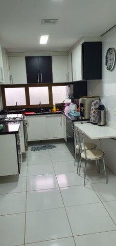 Apartamento Porto Seguro| Com 3 dormitórios | 5 andar e com 128m2 - Foto 9