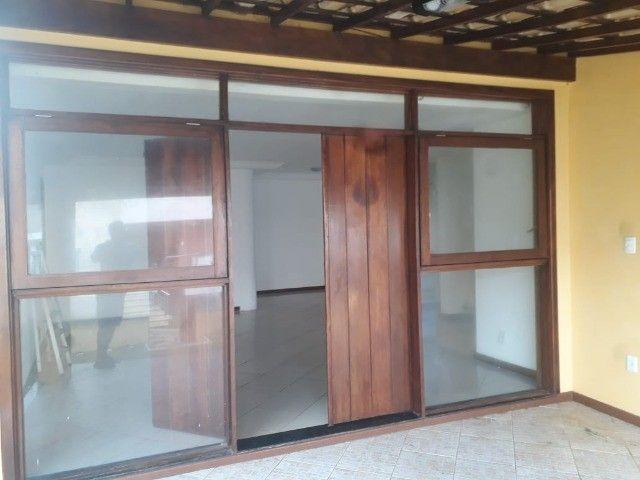 Piatã - ,Casa Duplex reformada c/ Piscina Privativa condomínio Fechado  700m da Orla  - Foto 3