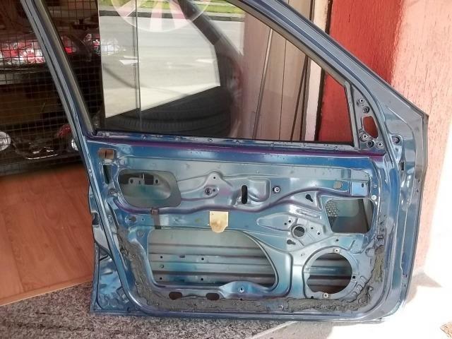 Porta Diant. Esquerda Renault Clio - Foto 6