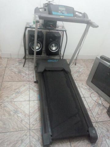 49c25e8d44 Esteira Ergometrica Life Fitness Modelo T-5 - Abaixou o preço ...