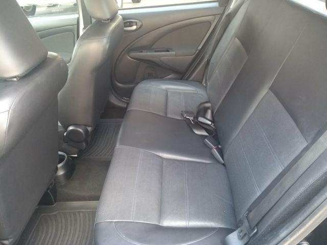Etios sedan platinum 1.5 flex - Foto 4