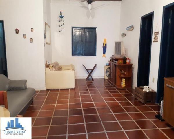 Casa linear, independente, com muito quintal e garagem no centro de Itacuruçá - Foto 9