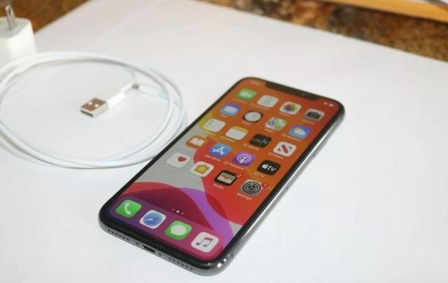 IPhone X 64gb R$ 2.999