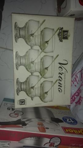 Conjunto de copos com jarra e taças para sobremesa - Foto 2