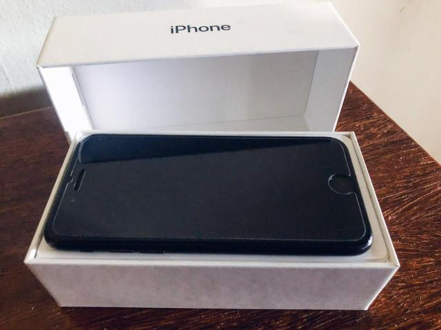 IPhone 7 MATTE 32 GB