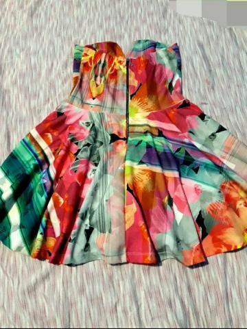 Vendo dois lindos vestidos!! - Foto 4