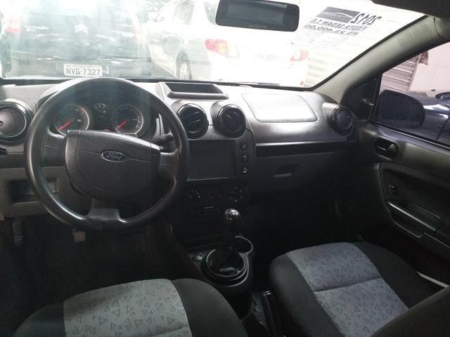 Fiesta sedan 1.6 class 2012 o mais Novo de Aracaju - Foto 8