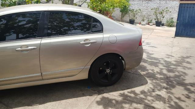 Honda Civic 2007 - Foto 4