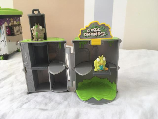 Lixeira Trash Pack + 4 bonecos - Foto 2