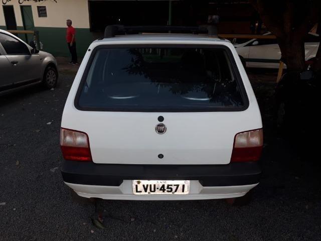 Troco ou Vendo Fiat Uno 1.0, ano 2006 todo revisado - Foto 2