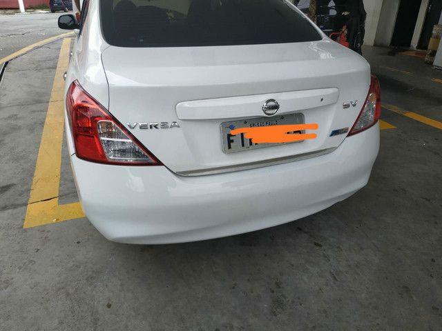 Nissan Versa SV 1.6 GNV Legalizado