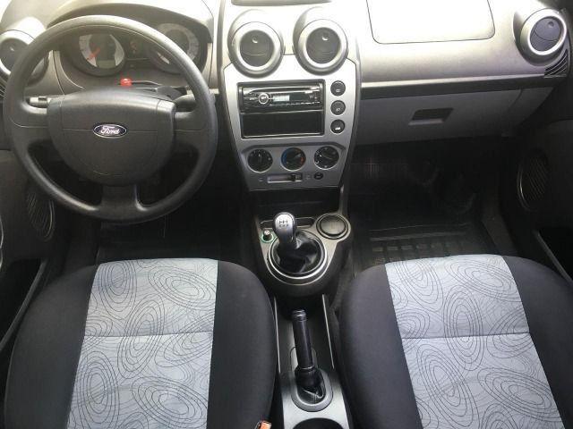 Fiesta Sedan 1.6 2010 Completo - Foto 2