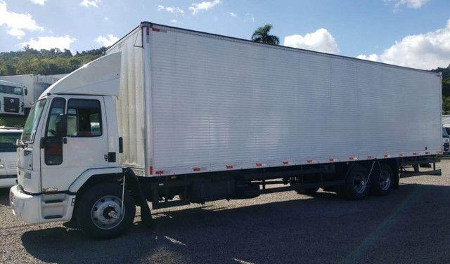 Ford Cargo 1317 - Truck 6x2 Baú de 11m - Foto 9