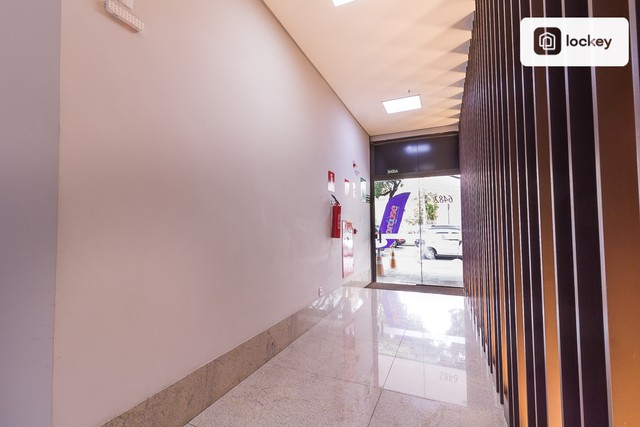 Sala com 132m² - Foto 2
