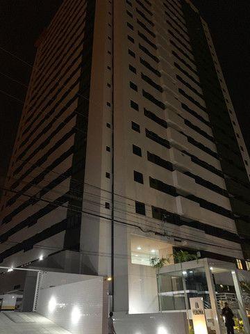 Apartamento com 03 quartos medindo 88,80m²no Bairro do Expedicionários