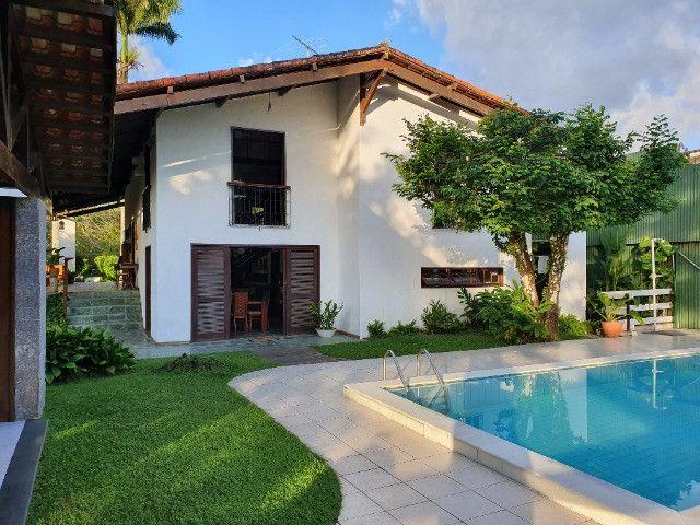 Casa em Cond. em Aldeia no Km 7 - 5 Quartos 3 Suítes 450m² - Foto 2
