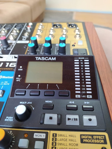 Tascam model 16 - Foto 3