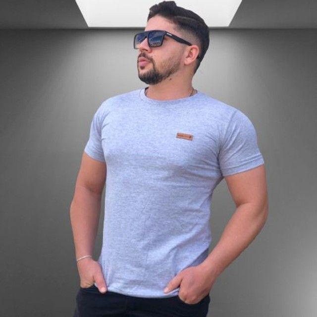 Kit 10 camisas lisas manga básica Algodão - Foto 5