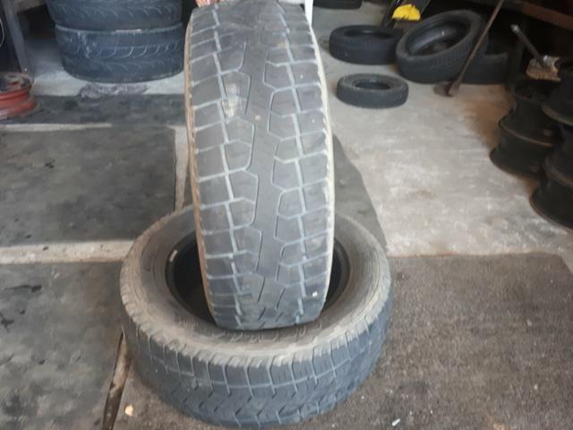 Vendo esses dois pneu R15 205/60