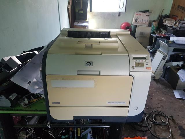 Vendo impressora HP Color Laserjet CP2025