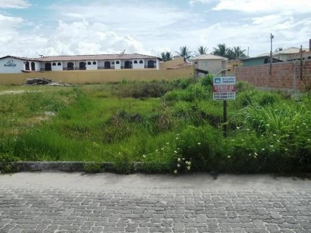 VENDO TERRENO COM  3.805 m² À 300 METROS DA PRAIA