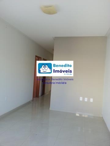 VENDO CASA COM 03 DORMITÓRIOS E ÓTIMO ESTADO DE CONSERVAÇÃO - Foto 4