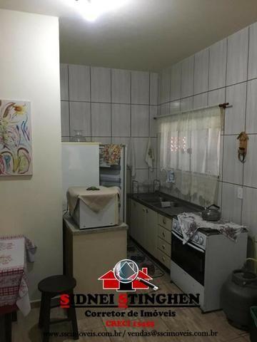 Casa na Praia, 02 dormitórios, laje, piso cerãmico e terreno todo murado - Foto 11