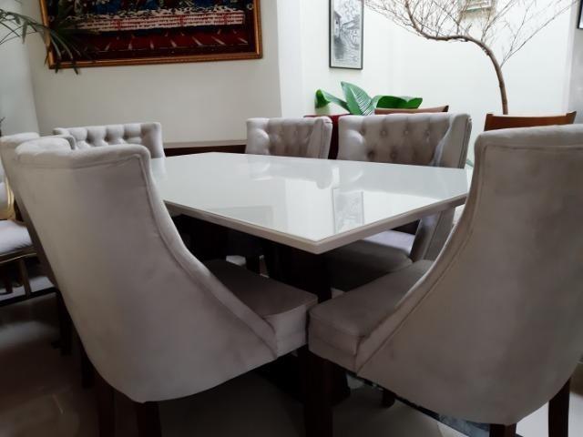 Mesa madeira com tampo de vidro off white +6 poltronas rússia - Foto 3