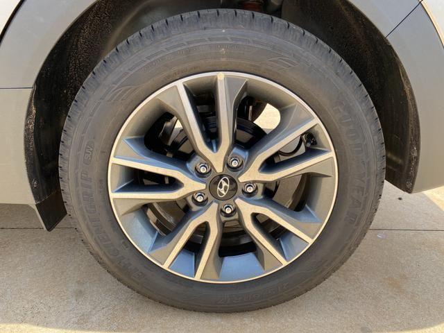 Hyundai Creta Prestige 2.0 apenas 7.500 Km - Foto 5